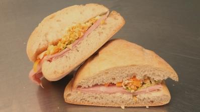 Sandwich jambon-fromage
